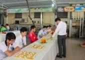Sinh viên Lê Yên Thanh giành giải Gương mặt trẻ Việt Nam tiêu biểu 2015 - 017